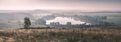 Fototapeta Ranní mlha a jezero