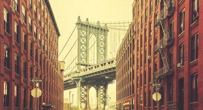 Fototapeta Retro stylizované Manhattan Bridge vidět z Dumbo, New York.
