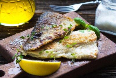 Fototapeta Rybí filé s olivovým olejem a citrónem