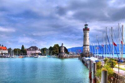 Fototapeta S výhledem na přístav na ostrově Lindau u Bodamského jezera v jižním Německu s jeho historické maják.