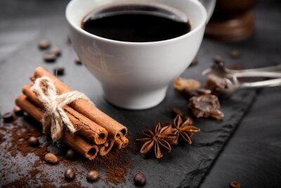 Fototapeta Šálek kávy na kamenné desce