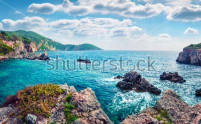 Fototapeta Scénický výhled na pláž Limni Glyko. Báječná ranní přímořská krajina Jónského moře. Skvělé venkovní scenérie ostrova Korfu, Řecko, Evropa. Krása přírody pozadí koncepce.