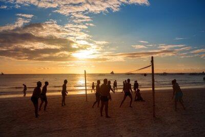 Fototapeta Silhouette lidí hrát volejbal
