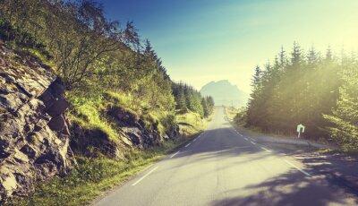 Fototapeta silnice v horských oblastech, Lofoten ostrovy, Norsko