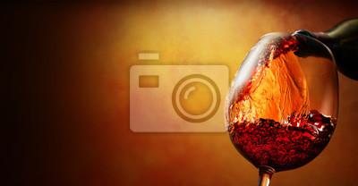 Fototapeta Sklenice na víno s vínem