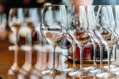 Fototapeta sklenky na víno