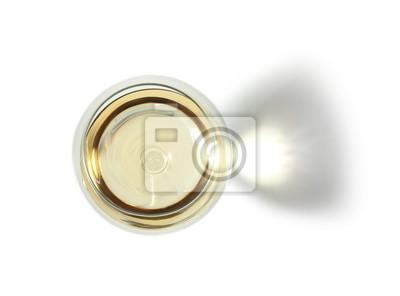 Fototapeta Sklo s vínem na bílém pozadí