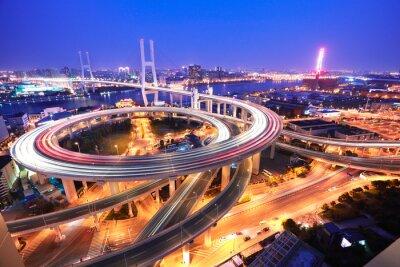 Fototapeta Spirála most v Šanghaji řeky Chuang-pchu na ptačí perspektivy o.