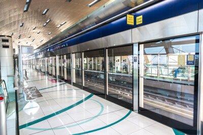 Fototapeta Stanice metra v Dubaji