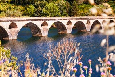 Fototapeta Starý most přes jezero