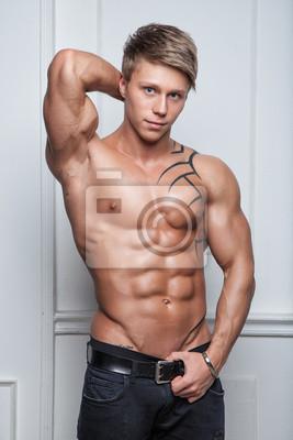 tak mladý nahý