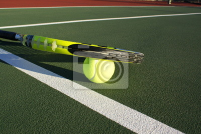 6f32f99e5fd Tenisový míč a raketa na kurtu fototapeta • fototapety tenisová ...