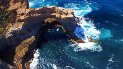 Fototapeta The Arch. Skalní útvar podél Great Ocean Road, Austrálie. Aeri