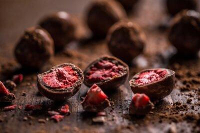 Fototapeta Tmavé čokoládové pralinky