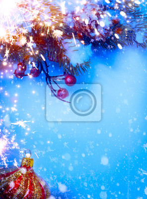 Umění vánoční pozadí s jedle větvičky na sněhu