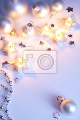Umění vánoční přání s vánoční koule a Vánoce