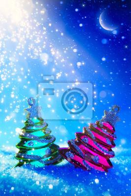 umění Vánoční strom na modrém pozadí v noci