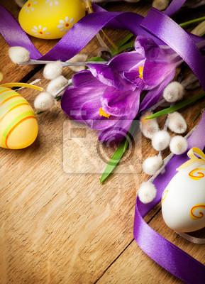 Velikonoční pozadí s květinami a velikonočními vejci