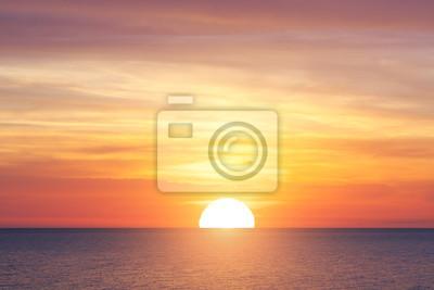 Fototapeta Velké slunce a mořský západ slunce