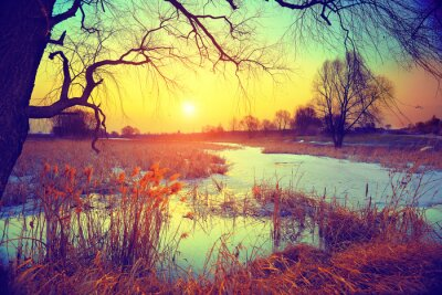 Fototapeta Venkovské krajiny. Západ slunce nad jezerem