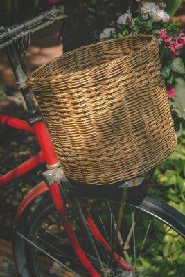 Fototapeta Vintage kolo s košíkem