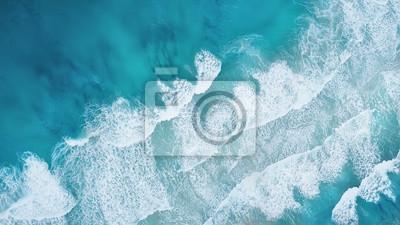 Fototapeta Vlny na pláži jako pozadí. Krásné přírodní pozadí v letním období