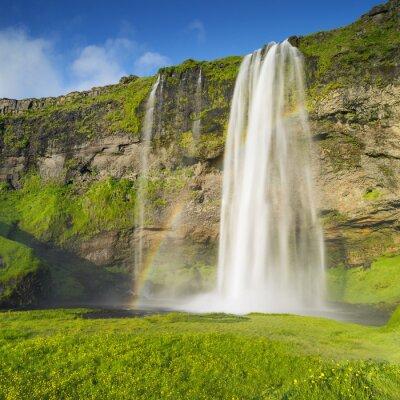 Fototapeta vodopád a duha na Islandu