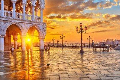 Fototapeta Východ slunce v Benátkách