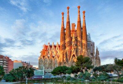 Fototapeta Barcelona, Španělsko - 10 února: La Sagrada Familia - Impress