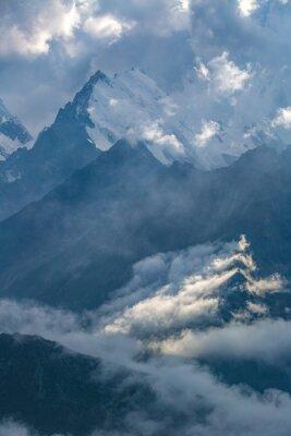Fototapeta zataženo den v horách