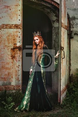 316cc6a3520c Žena v zelených středověkých šatech fototapeta • fototapety ...