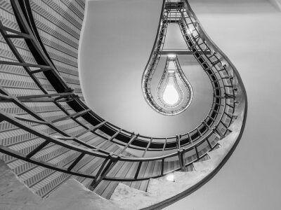 Nálepka Abstrakt záběr schodiště vedoucí k žárovce, jako je stáčen