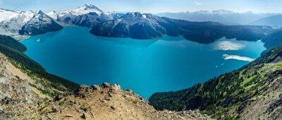 Nálepka Alpine Lake a zasněžené hory