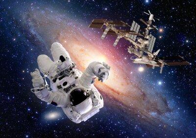 Nálepka Astronaut kosmonaut sci fi vnější raketoplán stanici kosmická loď. Prvky tohoto snímku poskytnutých NASA.