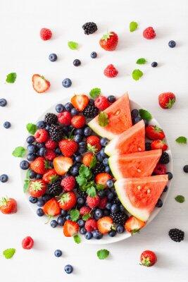 Nálepka borůvky, jahody, maliny, ostružiny, meloun