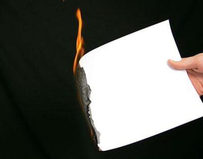 čas vypršel hoření okraj papíru