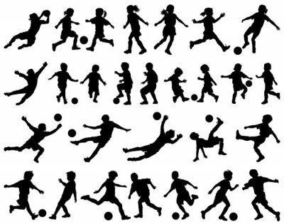 Nálepka Děti si hrají fotbal vektorové siluety