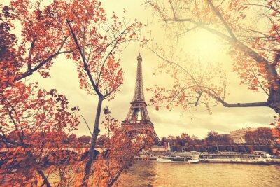 Nálepka Eiffelova věž v Paříži