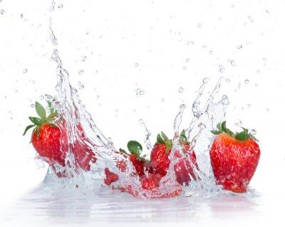 Nálepka Fresh Strawberries with water splash