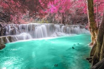 Nálepka Hlubokém lese Vodopád v Kanchanaburi