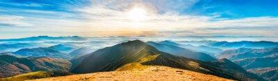 Nálepka Horské krajiny při západu slunce