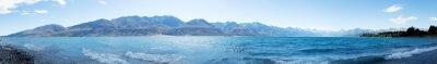Nálepka krajina jezera v letní den na Novém Zélandu