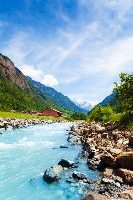 Nálepka Krásná Swiss krajina s řekou proudu