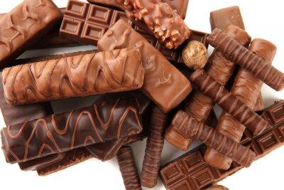 Nálepka Lahodné čokoládové tyčinky s ořechy zblízka