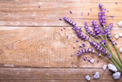 Nálepka Lavendel auf Holz