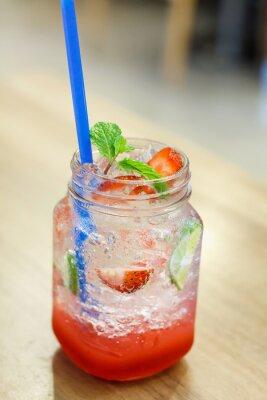 Nálepka Ledový nápoj s jahodovou a citrónovou