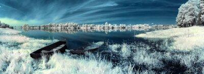 Nálepka lodě na řece