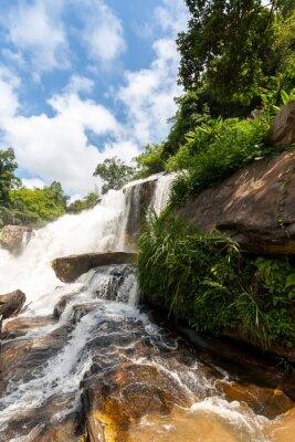 Nálepka Mae Klang vodopád, doi Inthanon národního parku, Thajsko