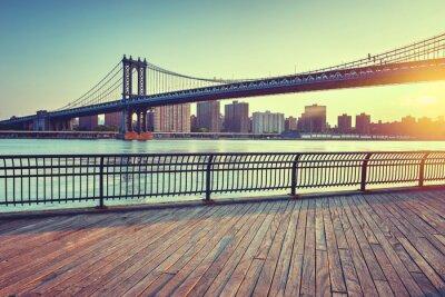 Nálepka Manhattan most přes Východní řeku při západu slunce