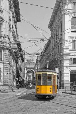 Nálepka Milano con tramvaj v Piazza Cordusio e Sfondo Galleria Vittorio Emanuele Lombardie Itálie